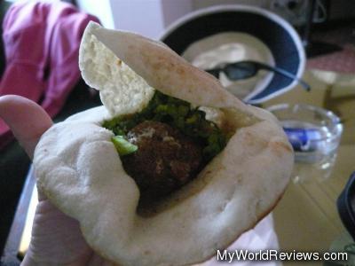 Tamia Sandwich
