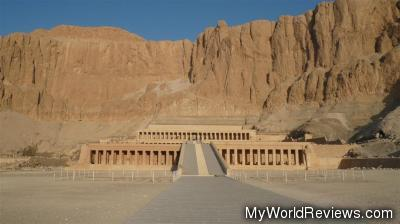 It was difficult getting this picture of Hatshepsut's Temple without any tourists!